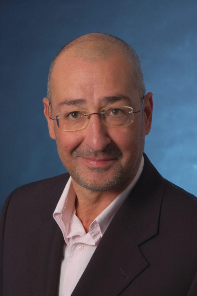 Rafael de la Roza Fachjournalist und Teil der Experten für Arbeitssicherheit
