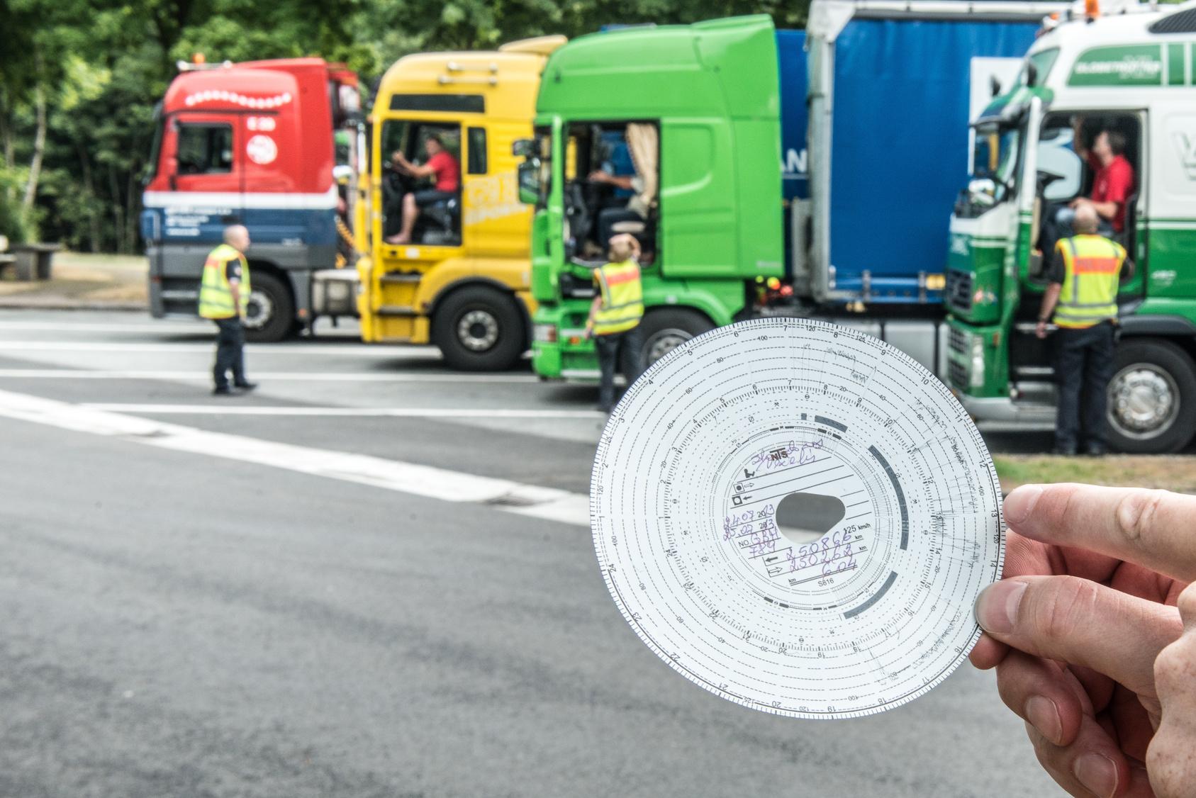 Diese Lenk- und Ruhezeiten müssen Lkw-Fahrer einhalten
