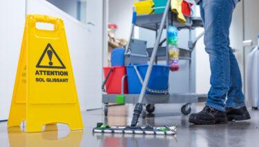 Unterweisung: So gelingt Ihnen eine sichere Gebäudereinigung