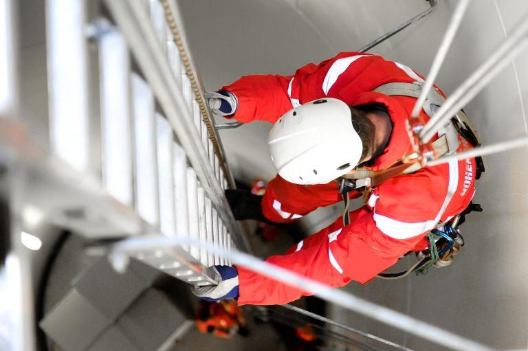 Arbeitssicherheit auf Leitern: Das sind Ihre Pflichten bei Arbeiten auf Leitern