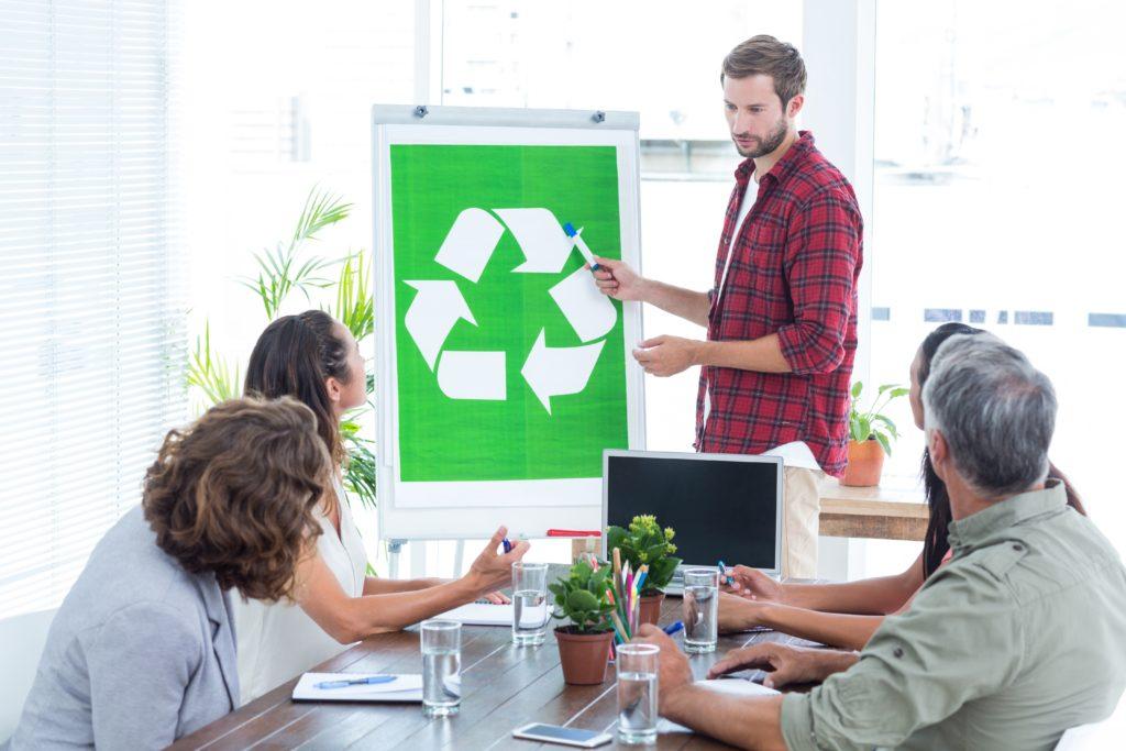 Recycling im Unternehmen – für einen umweltbewussten Arbeitsplatz und Betrieb